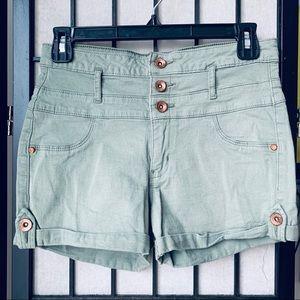Refuge green high waisted shorts sz 8
